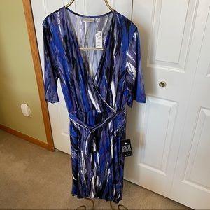 Avenue Faux wrap dress size 22/24 NWT